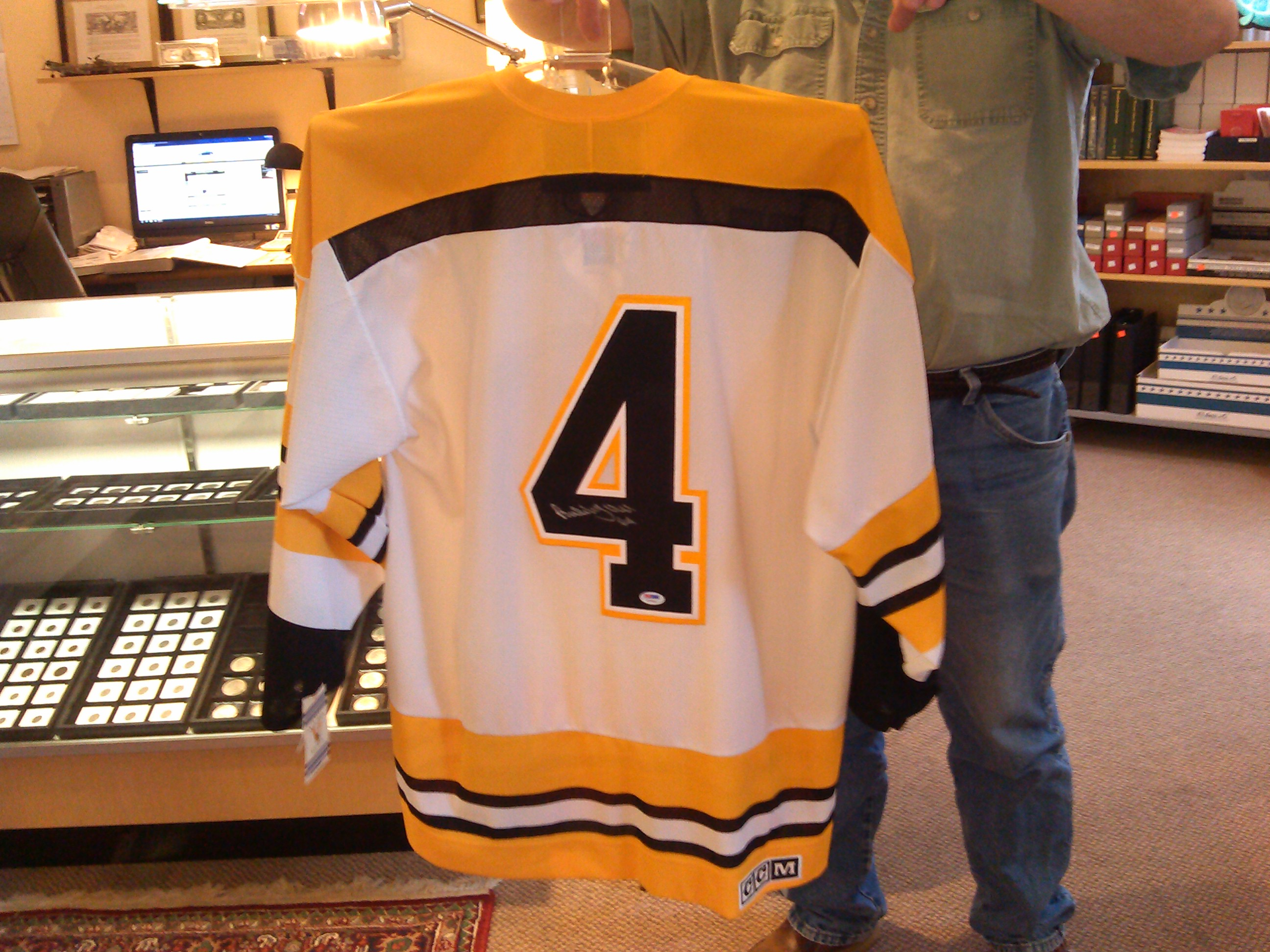 hot sales 03f15 e264f Bobby Orr Signed Vintage CCM Jersey. - Kenmore Collectibles